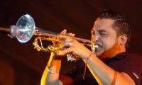 Roy Paci & Aretuska - Baciamo le mani (2001) ska, jazz, reggae