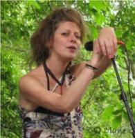 "Emilie Lesbros. ""A l'improviste"", France Musique (эфир - 2007 и 2010 г.)/free-jazz, folk, avantgarde, female vocal"