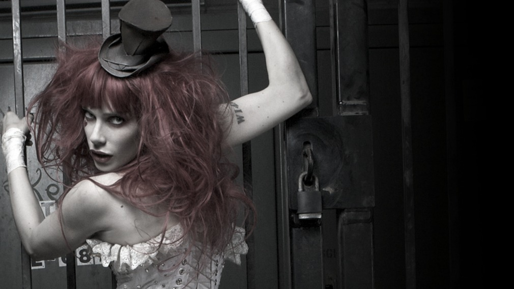 "Emilie Autumn ""Fight Like A Girl"" (2012) / Victoriandustrial, Dark Cabaret"