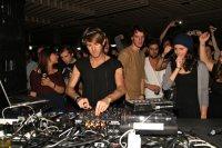 Richie Hawtin 70 min Boiler Room Amsterdam DJ set (2012) / minimal techno