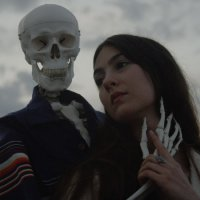 Weyes Blood - Front Row Seat to Earth (2016) + Cardomom Times EP (2015) // alternative, folk, psychedelic, странность как данность